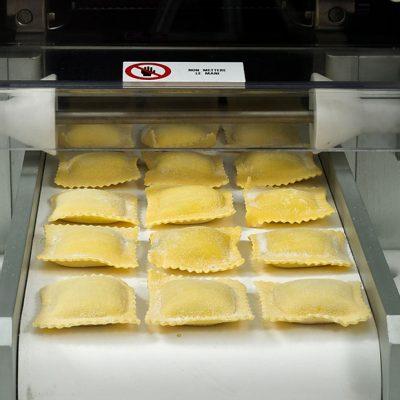 ravioli-pasta-machine-1